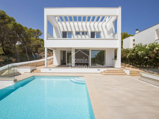 Elegant, modern new build in Coves Noves, Menorca