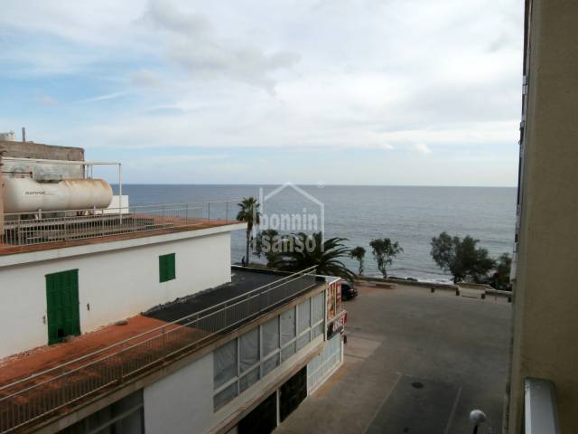 Apartment with sea view in S'illot