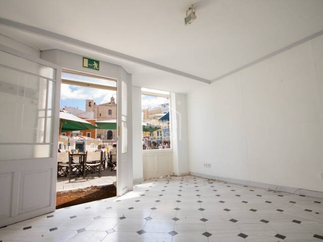 Commercial premises and three apartments in Mahon, Menorca