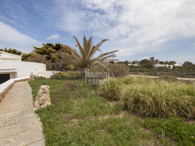 Solar en 1a línea en Binidalí, al sur de Menorca.