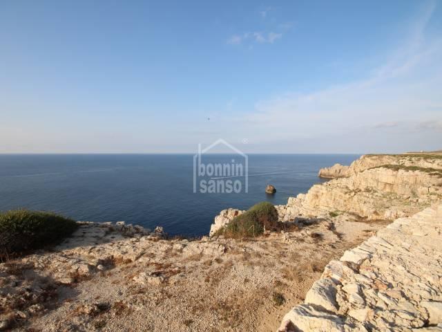Solar con pinar en Cala Morell, Ciutadella, Menorca