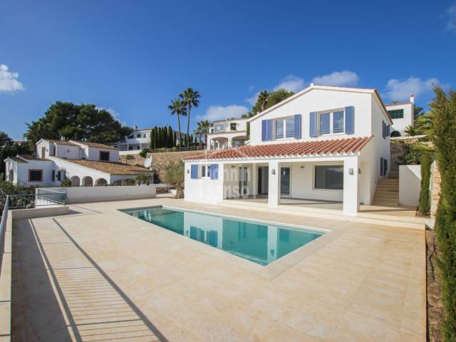 New villa overlooking the Port of Addaya. Menorca