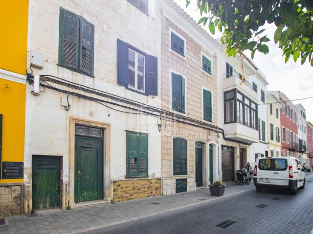 Elegant townhouse in the center of Mahon Menorca