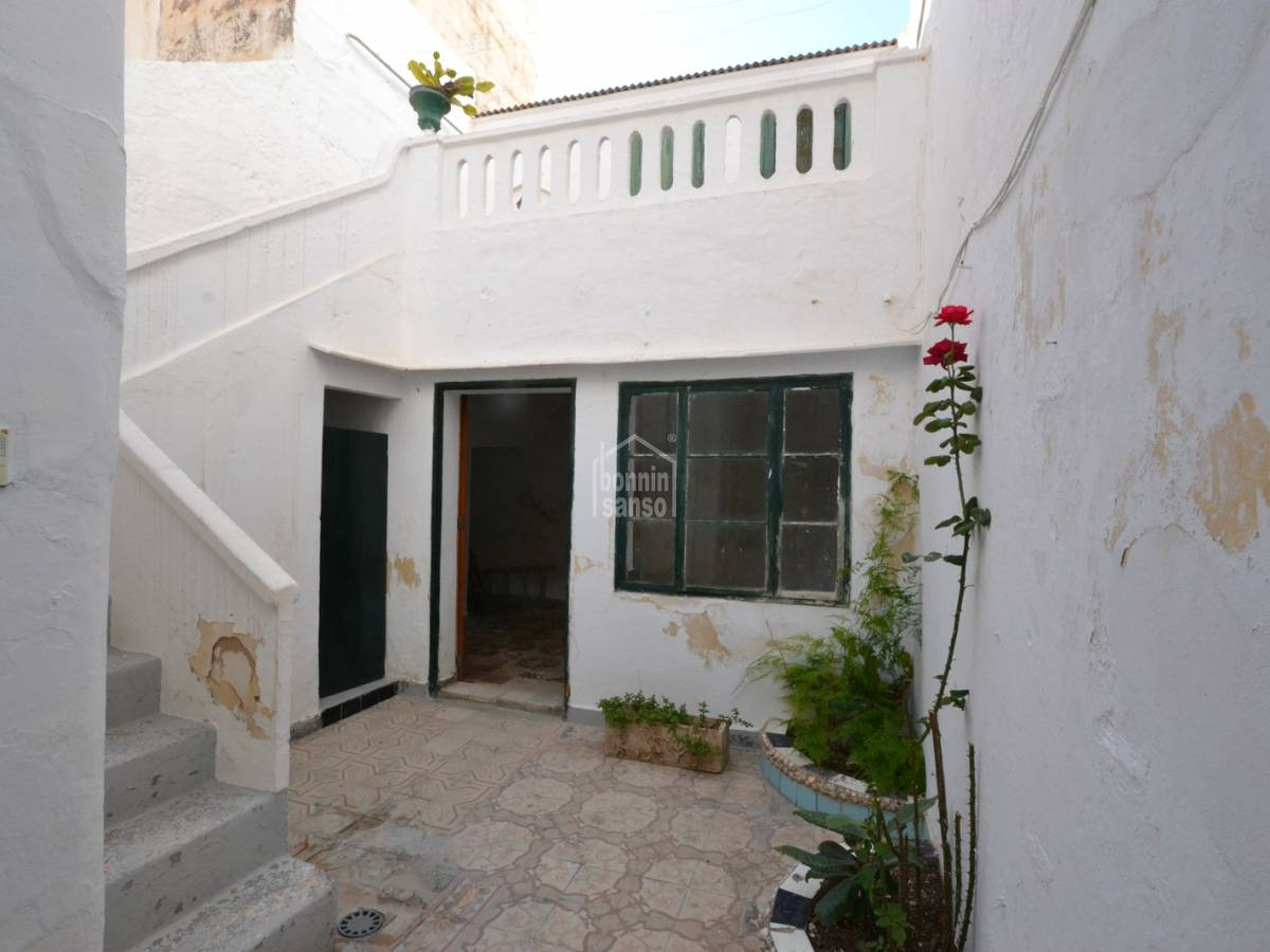 Comprare: Casa al piano terra da ristrutturare nel centro Ciutadella ...