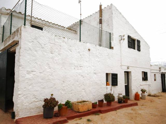 Old country house with agricultural and dairy activity a few minutes from Ciutadella, Menorca