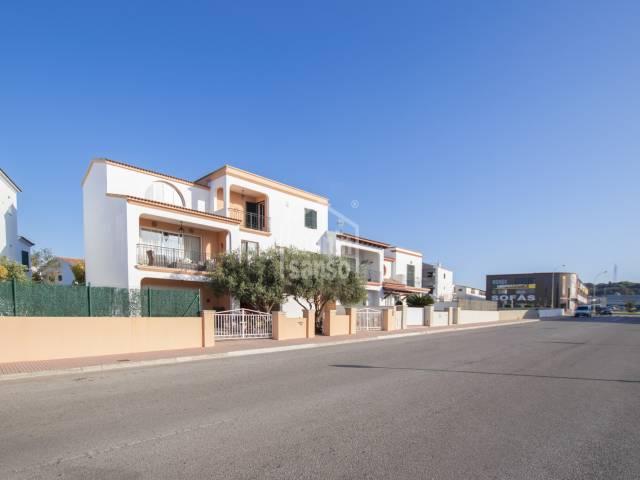 Amplia casa en zona exterior de Alaior, Menorca