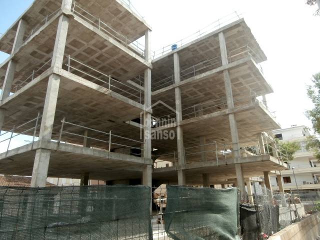 Ground floor of new building in the centre of Cala Millor