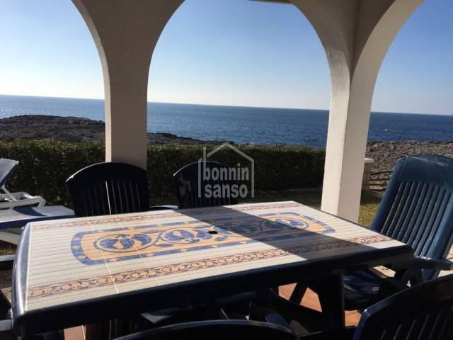Bonito chalet en primera línea en Cala Blanca,Ciutadella, Menorca