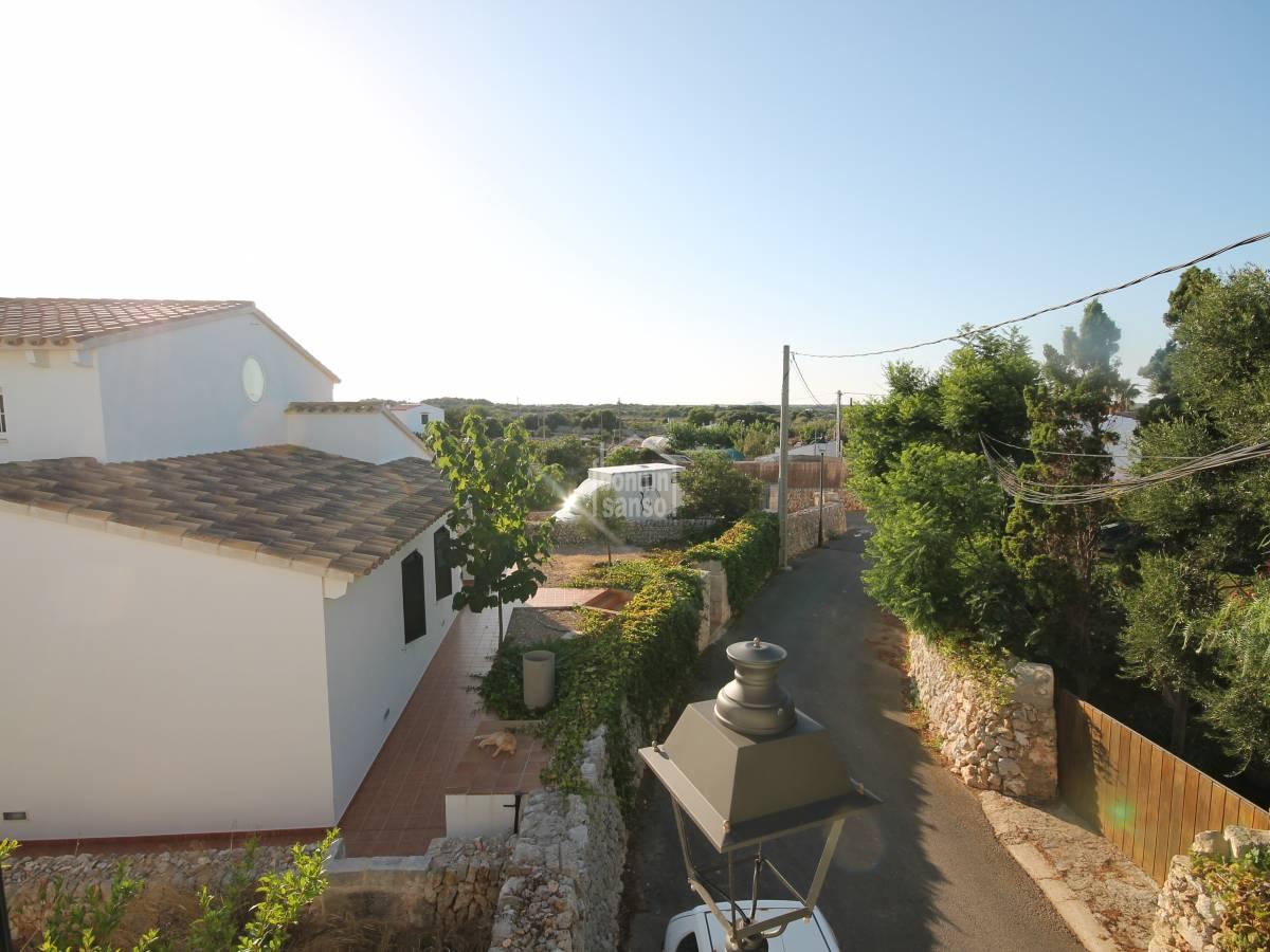 Comprar vivienda con jard n y huerto en sant lluis 22666 for Viviendas jardin