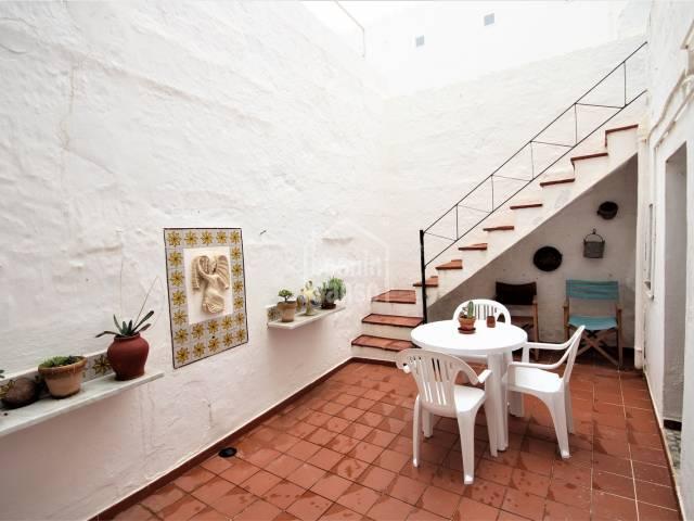 Patio - Attractive , terraced  house only50 meters from the Plaza del Borne, Ciutadella, Menorca