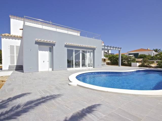 Luxury two storey villa with excellent sea views