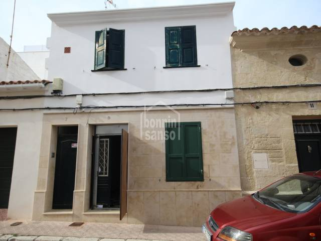 Interesting ground floor in need of reformation close to the centre, Mahon, Menorca.