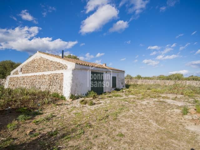 Finca rústica con pequeñas edificaciones en Mahón, Menorca