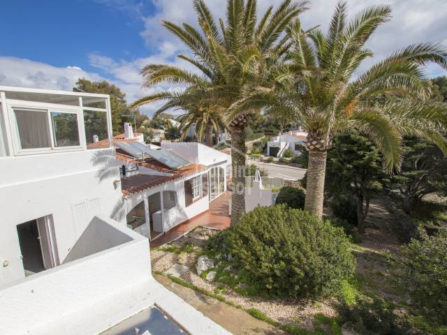 Bright villa with swimming pool in Binibeca