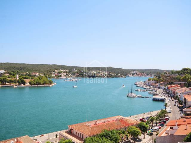 Centrally located apartment with harbour views.