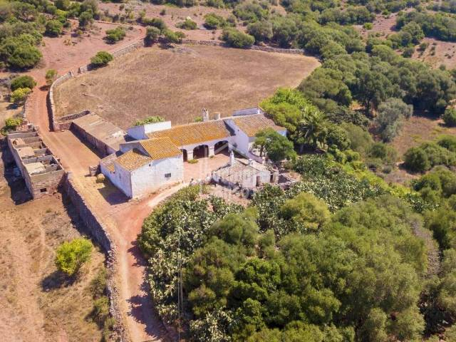Spectacular property located on the third highest point of Menorca