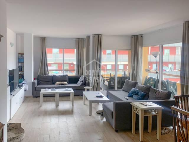 Spacious  four bed apartment in Mahon, Menroca
