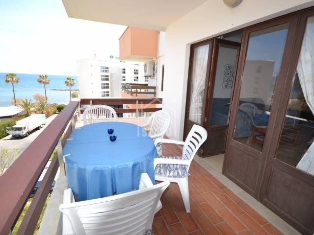 Soleado apartamento en 4º planta con bonitos vistas mar y a solo 50 metros de la Playa de Cala Bona
