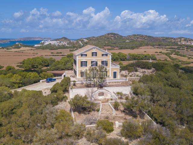Magnificent finca on the north coast with private access to the sea in Menorca