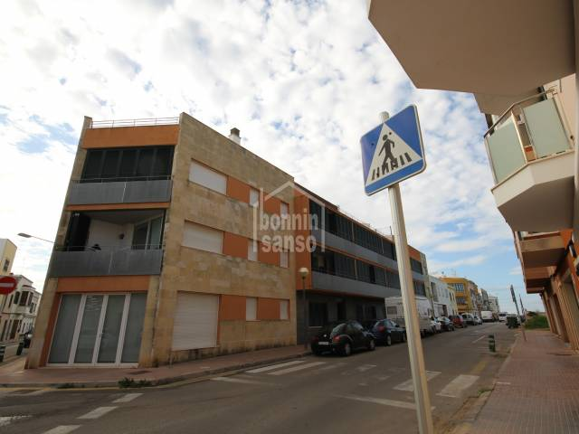 Penthouse in building with pool in Ciutadella, Menorca