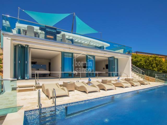 Impresionante casa con vistas al mar en el puerto de Mahón, Menorca
