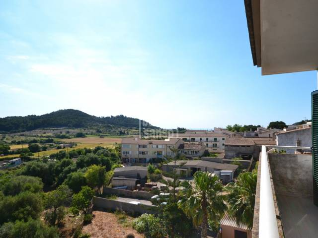 Sonniges Penthouse, 3. Stock mit Panoramablick  in Son Servera , Mallorca