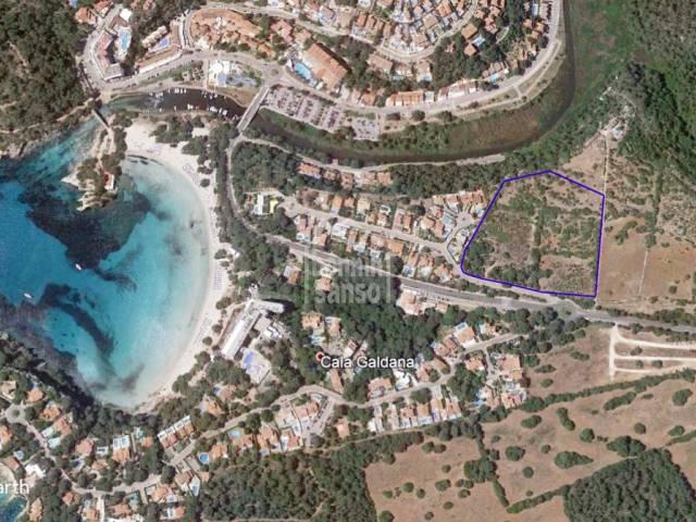 En Cala Galdana, Menorca, Terreno edificable