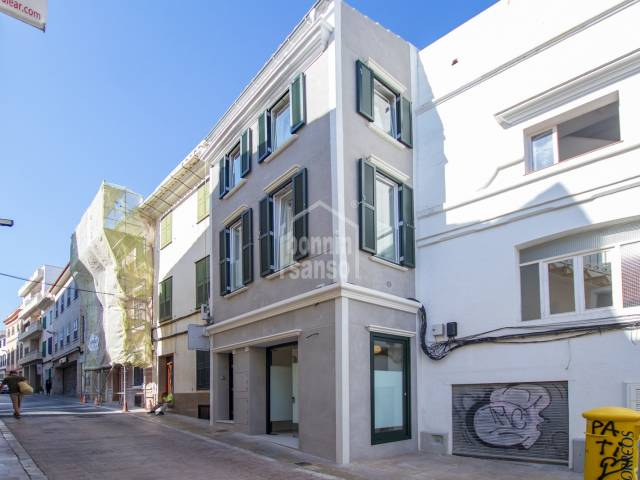 Edificio de obra nueva en el centro de Mahón, Menorca
