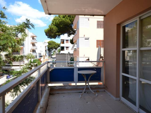 Second floor flat in Cala Millor, 100 metres from the sea front, Mallorca
