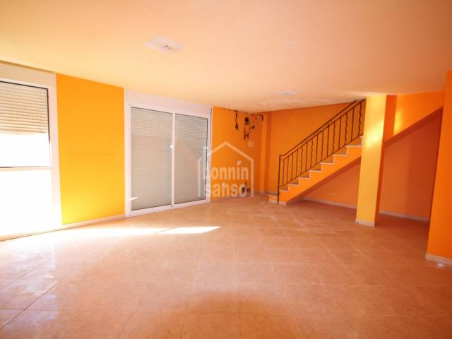 Nice duplex located north of the city and facing south in Ciutadella, Menorca