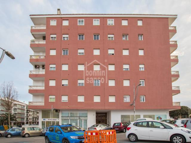 Elegant apartment in a building with lift, in Mahon, Menorca
