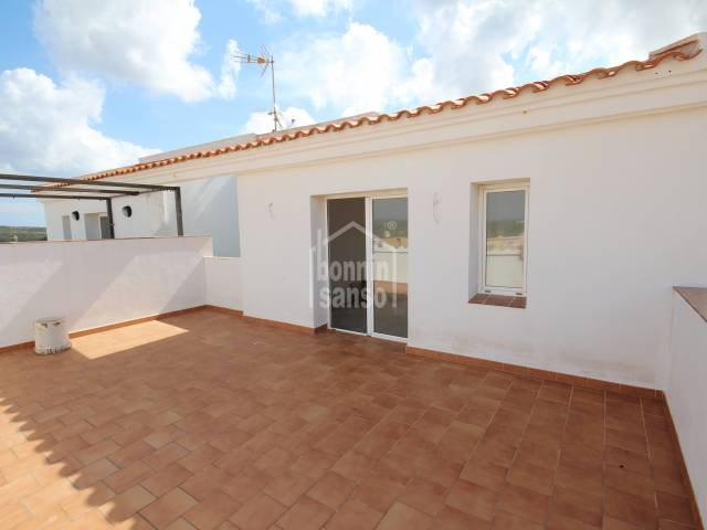 New build. Property of 110m² near the centre of Mahon