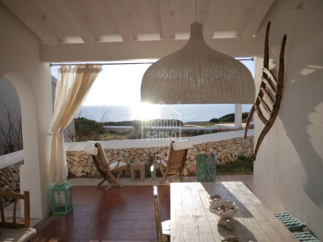 Beautiful villa with sea views in a complex with communal pool and terraces in Binibeca.