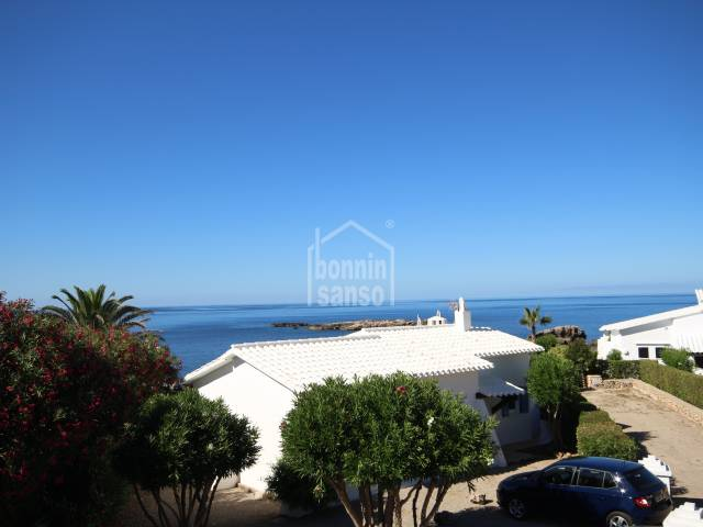 Recently renovated apartment with panoramic sea views.