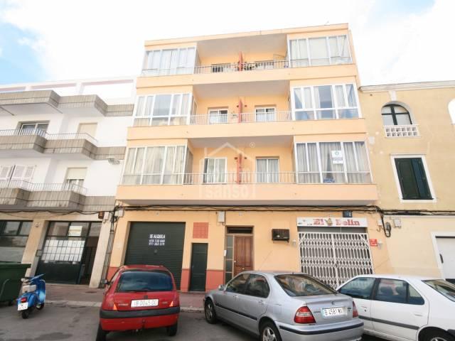 Spacious apartment of 108 m2 in Mahón