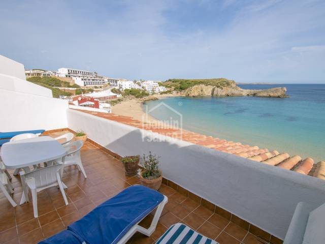 Front line apartment in the bay of Arenal d'en Castell, Menorca