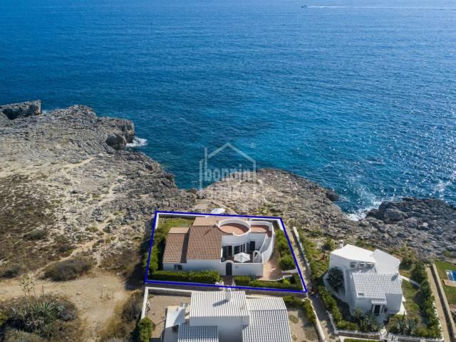 Chalet en primerisima linea de mar en Binibeca Vell (Menorca)