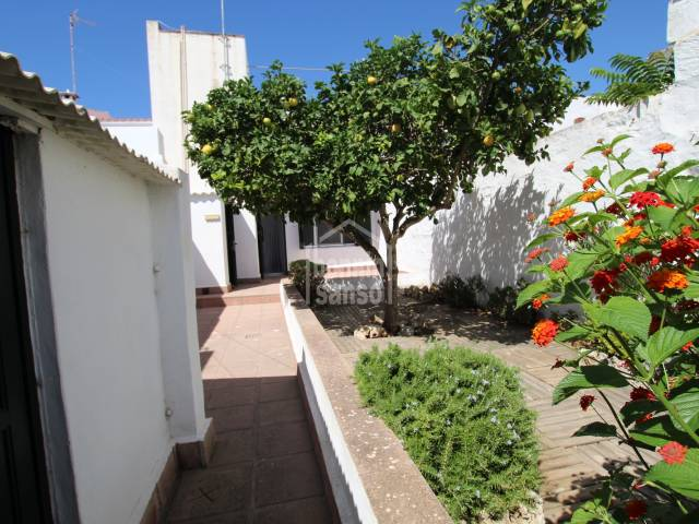Ground floor flat with garden in the center of Sant Lluis, Menorca