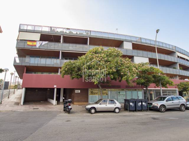 Espectacular 4 bedroomed apartment close to the Pòrt of Mahon.