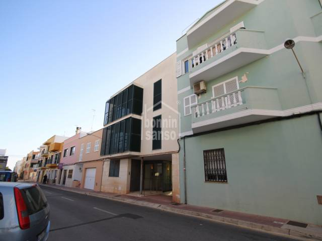 Second floor apartment near the port of Ciutadella