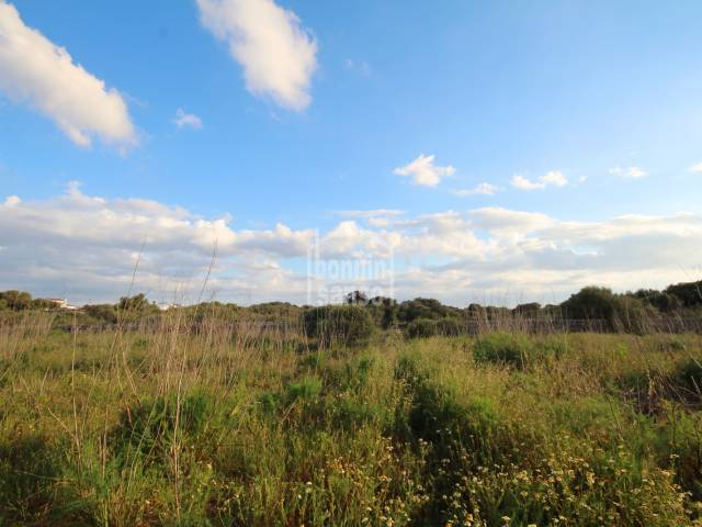 Large plot of rustic land in Sant Lluis, Menorca.
