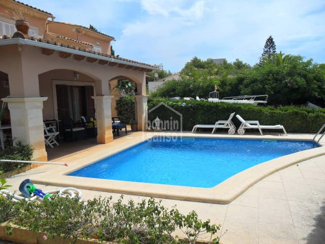 Spacious Chalet situated in Son Floriana, approx. 223m² with pool and only 5 minutes to Cala Bona Beach.