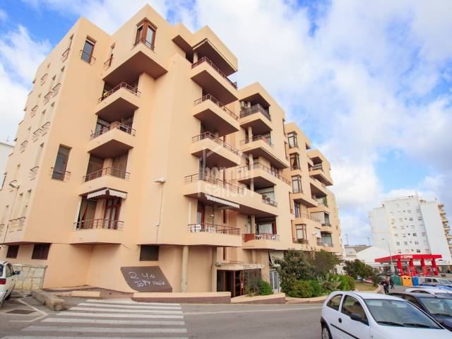 Large penthouse with open views over Mahon. Menorca
