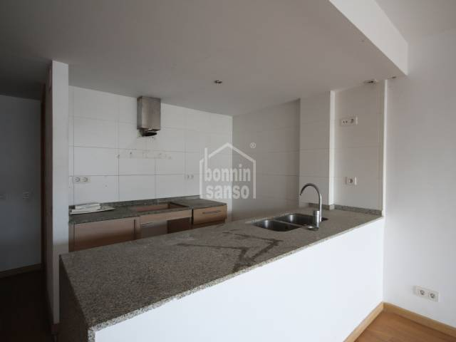 First floor apartment with a nice and large communal swimming pool area in Ciutadella