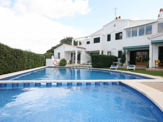 Bonito y amplio apartamento en Addaia, Menorca