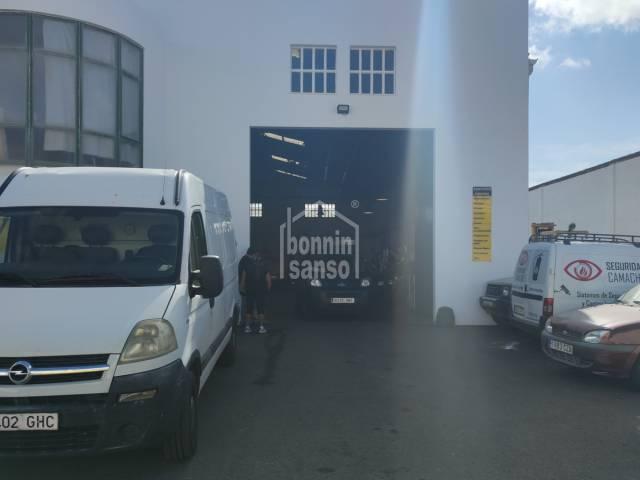 Nave industrial en POIMA, Mahón, Menorca.