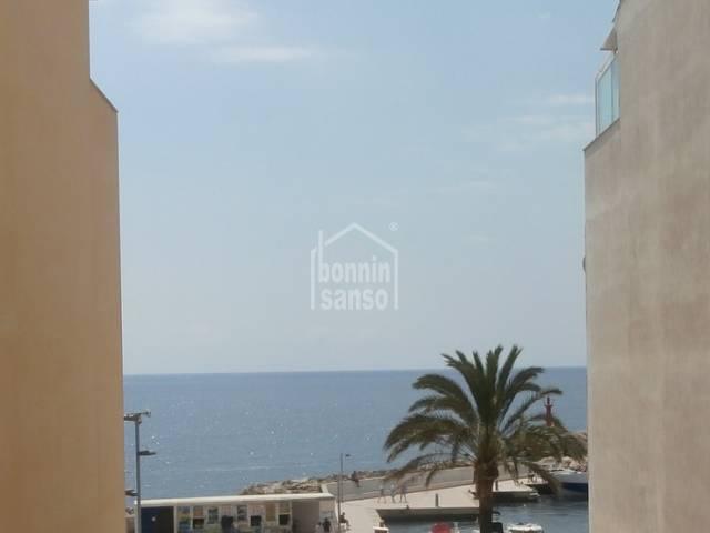 Promoción Bancaria de 20 pisos en Cala Bona con vista mar