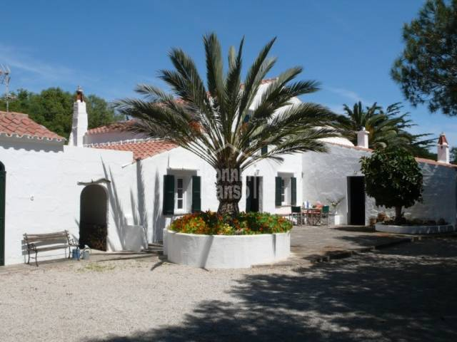Traditional farmhouse with land in Trebaluger, Menorca