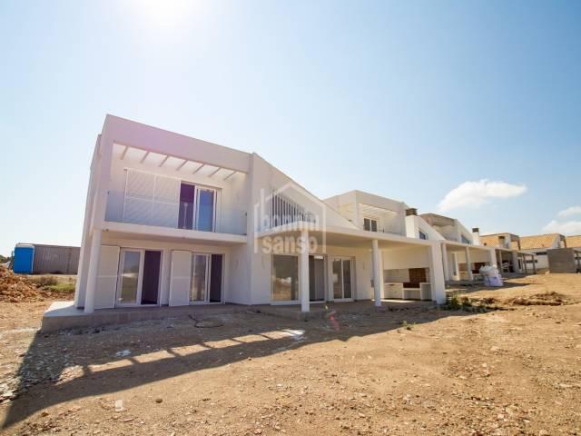 Avantgardistische Villa mit Meerblick in Coves Noves, Menorca