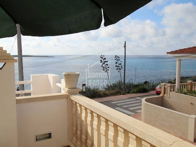 Superb apartment with sea views just 100 meters from Punta Prima beach, Menorca